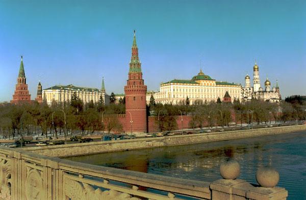 Moscow_Kremlin-du-lich-moscow