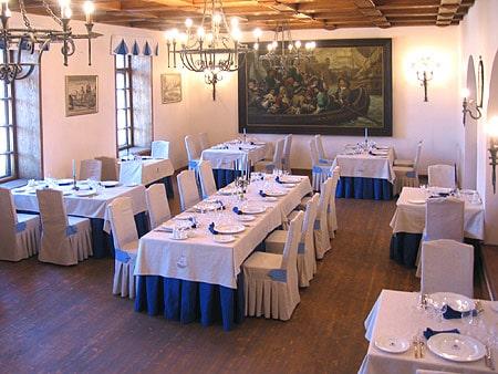 Nhà hàng Austeria