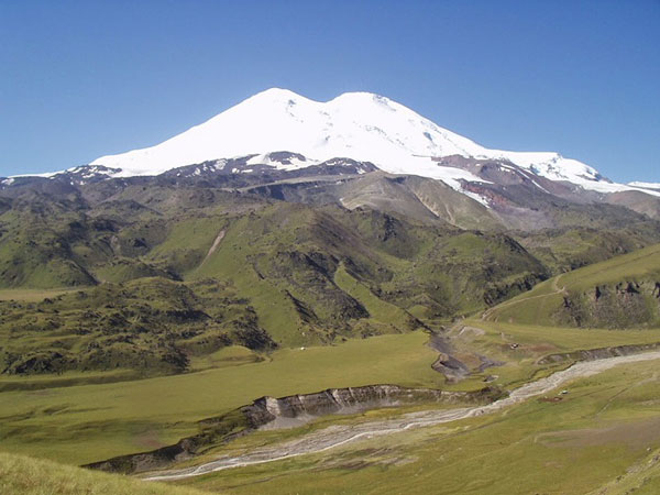 nui-Elbrus-1c