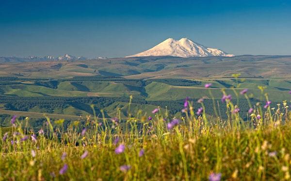 nui-Elbrus-1e