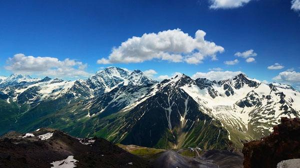 nui-Elbrus