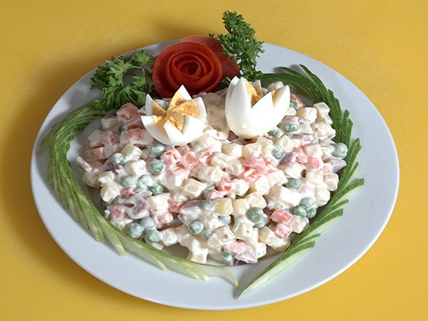 Những sự thật thú vị về món Salad Nga