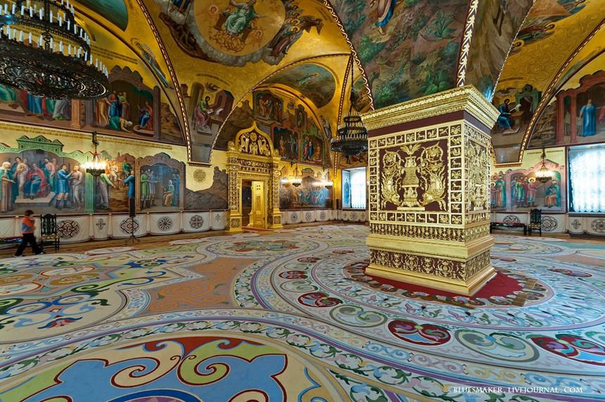 Tour du lịch đi Nga khám phá Điện Kremlin