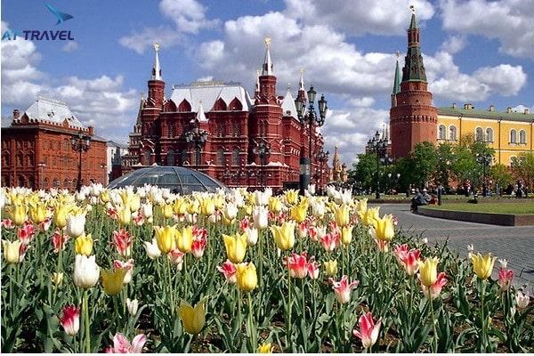 Thời tiết tháng 3 ở Nga thu hút hàng ngàn du khách