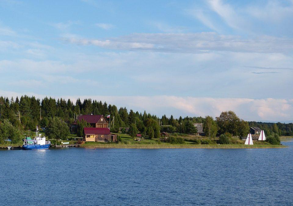 Tour du lịch đi Nga đến với hồ nước ngọt tuyệt đẹp – Hồ Ladoga