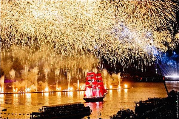 lễ hội cánh buồm đỏ thắm 3