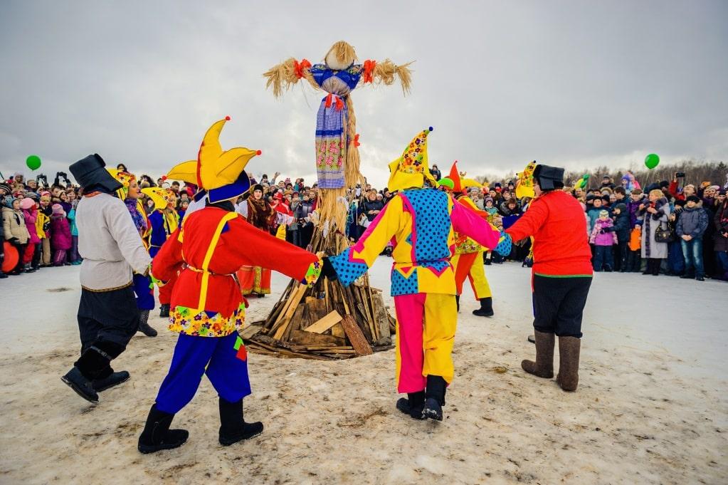lễ hội tiễn mùa đông