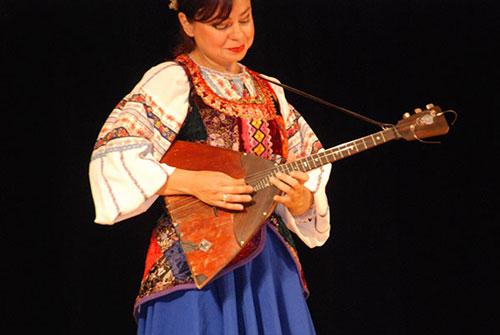 Đàn Balalaika – Biểu tượng văn hóa nước Nga