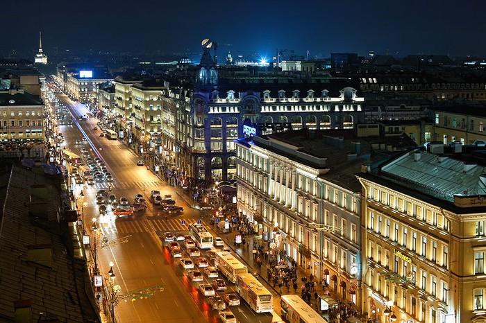 Chiêm ngưỡng đại lộ Nevsky Prospekt tuyệt đẹp ở Xanh Petecbua