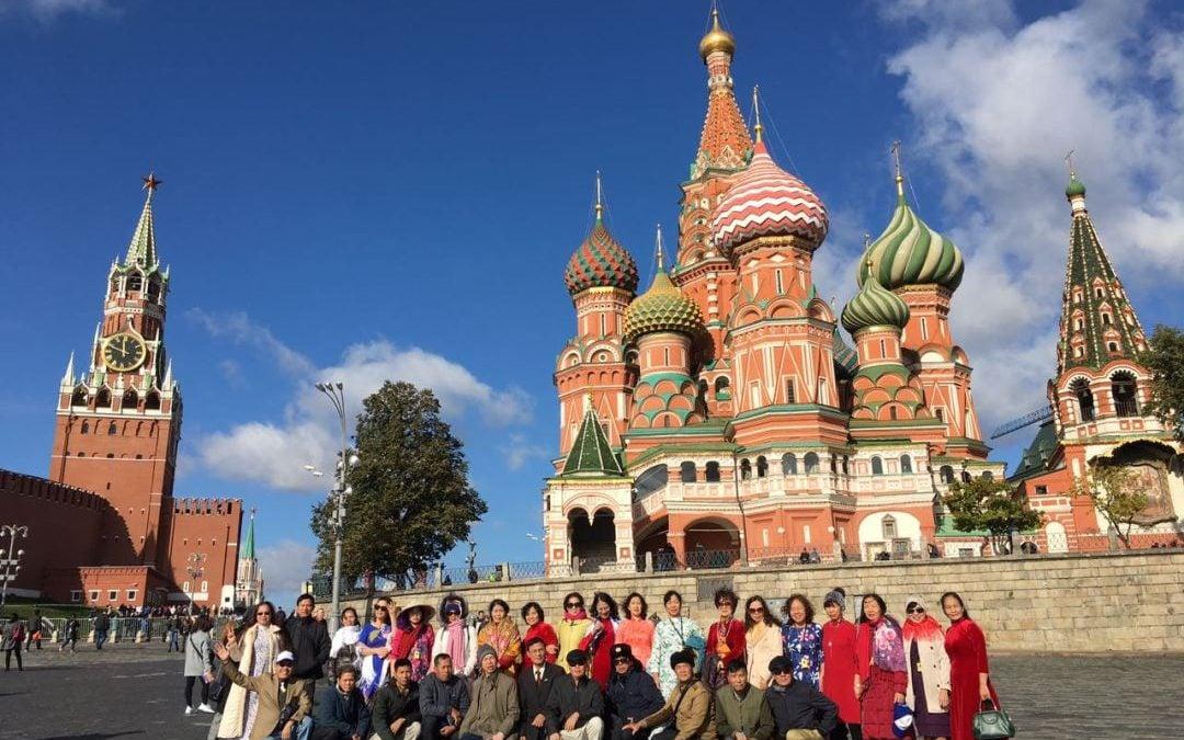 Làm thế nào để tìm được tour đi Nga giá rẻ?
