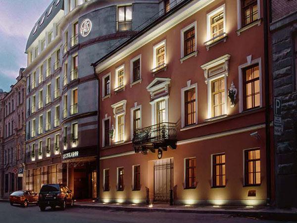 AMBASSADOR HOTEL 4*