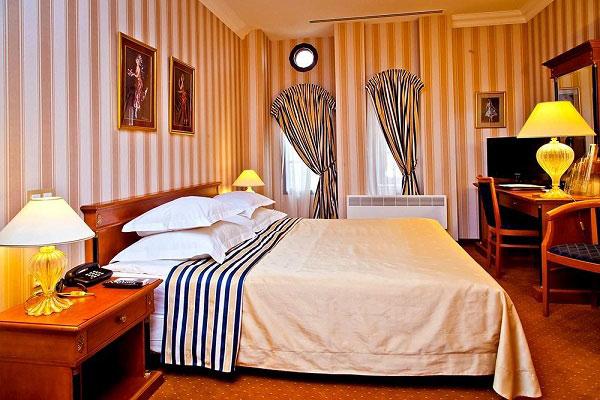 golden-garden-hotel-1