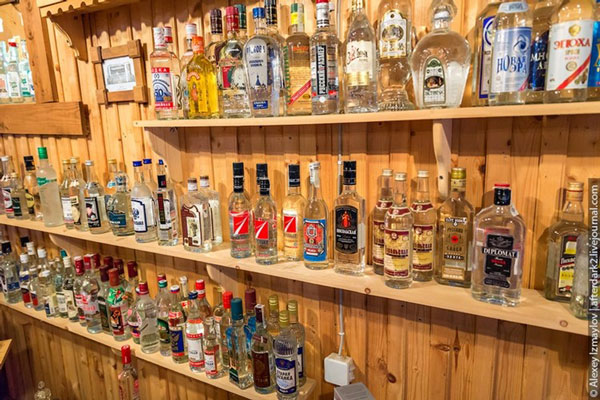 tham-bao-tang-ruou-vodka-o-nga-1a